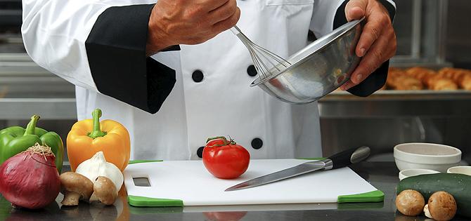 empleo ayudante cocina barcelona: